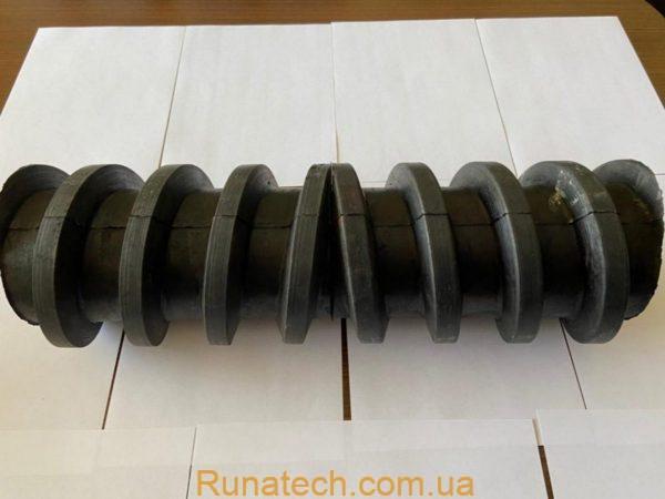 Комбинированное, эластомерное, очистное устройство конвейерной ленты с функцией центрирования.